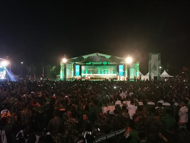 Jokowi Menghadiri Peringatan Maulid Nabi di Pekalongan