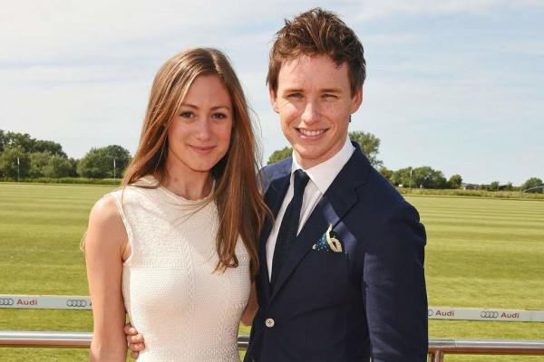 11 Potret Relationship Goals ala Eddie Redmayne & Istri, Mesra Banget