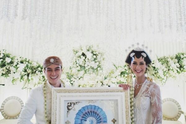 6 Pernikahan Artis Top Tanah Air Ini Disiarkan Secara Live di Televisi