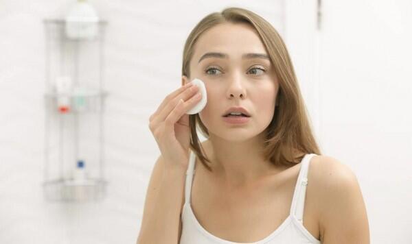 Kenalan Sama Niacinamide: Bahan Skincare untuk Kulit Sensitif