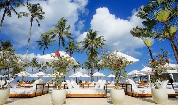 5 Tempat Makan di Bali yang Menghadap ke Laut Lepas