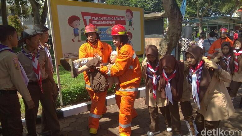 Ridwan Kamil Wajibkan Sekolah Terapkan Kurikulum Tanggap Bencana
