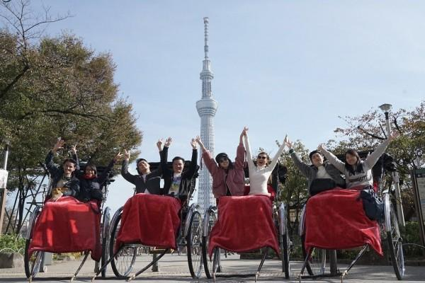 Asyiknya Ikut Rickshaw Tour, Naik Becak Tarik ala Bangsawan Jepang