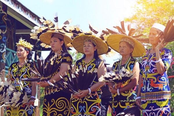 Selain Derawan, 5 Hal Ini Juga Terkenal Loh di Kalimantan, Udah Tau?