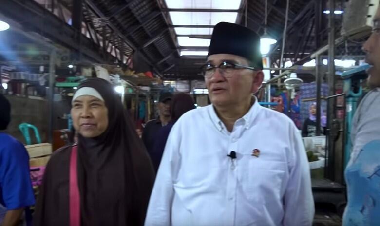 Ruhut ke Habiburokhman: Gue Temenin Belanja Bareng ke Pasar