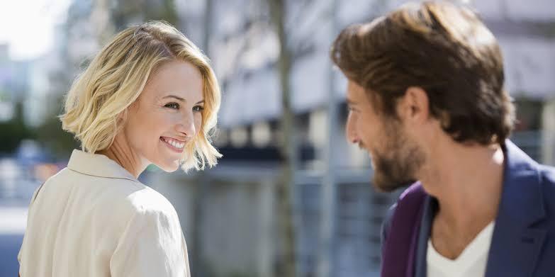 Lakukan 4 Hal ini Jika Pasanganmu Melakukan Flirting!