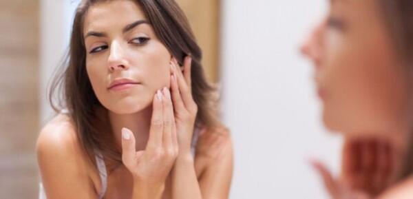 10 Kondisi Wajah yang Paling Umum Dialami Wanita & Cara Mengatasinya