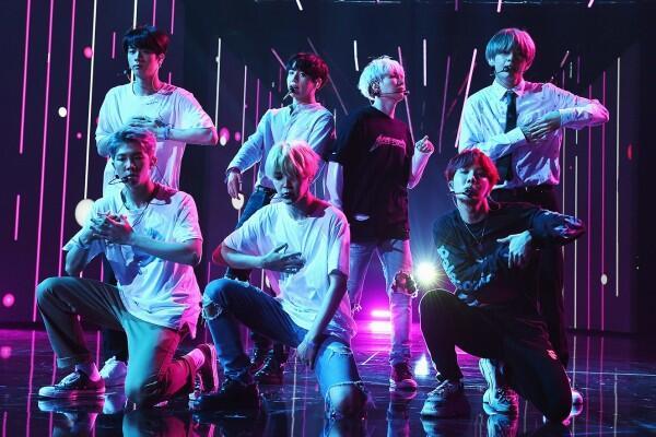 Tak Pernah Absen, Ini 7 Lagu 'Solo Stage' Member BTS Saat Konser