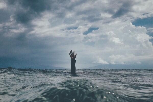Kapal Tenggelam di Selat Bali, 7 ABK Hilang