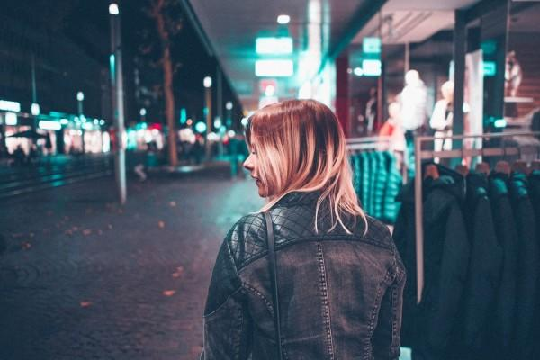 5 Trik Keselamatan Buat Kamu Para Cewek yang Sering Pulang Malam