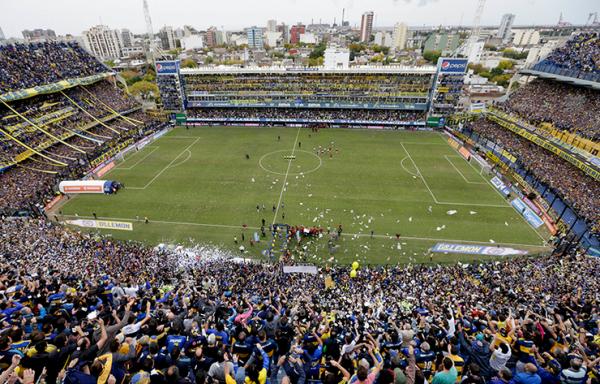 Bus Boca Junior Diteror, Laga Final Copa Libertadores Ditunda