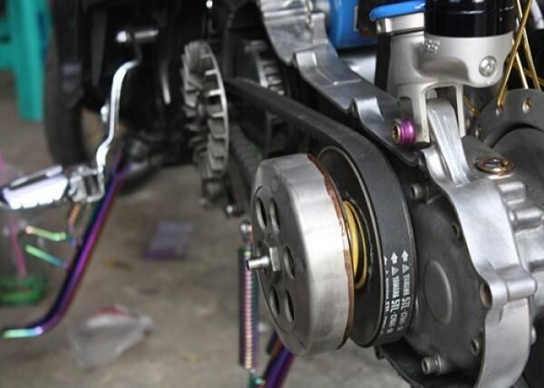 Biar mesin motor berasa lebih halus, coba tips ini gan!
