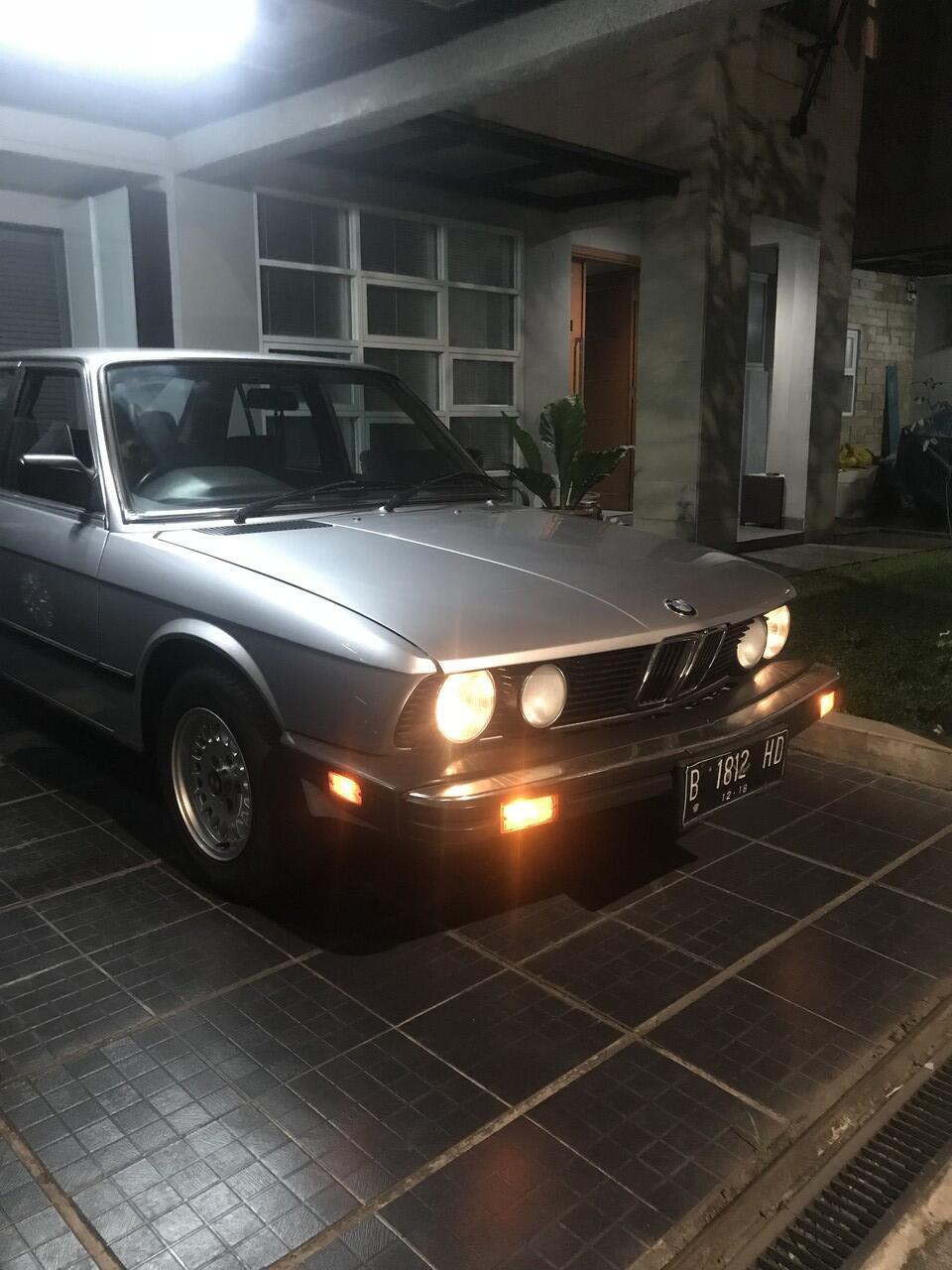 BMW 520i E28 Th.1985