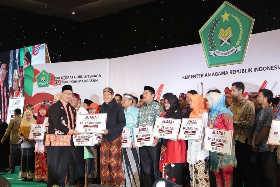 Inilah Peraih Anugerah Guru dan Tenaga Kependidikan Madrasah Berprestasi 2018