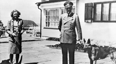 6 Fakta Lucu Adolf Hitler