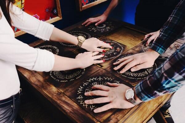 5 Games Menantang yang Bisa Kamu Mainkan bareng Teman Kantor