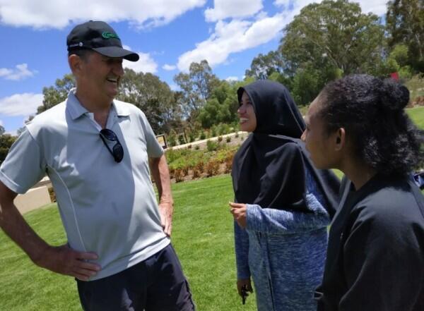 Susah-Senang Tinggal dan Bertukar Kebudayaan Indonesia di Australia