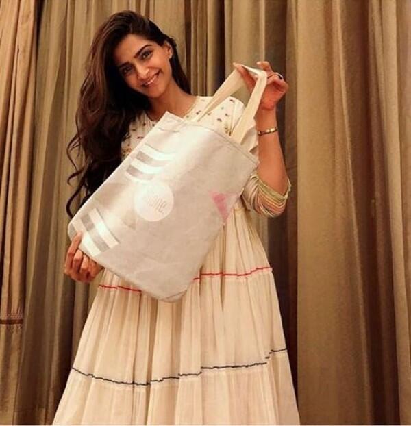 Preity Zinta hingga Kajol, 10 Penampilan Artis Bollywood Tanpa Make Up