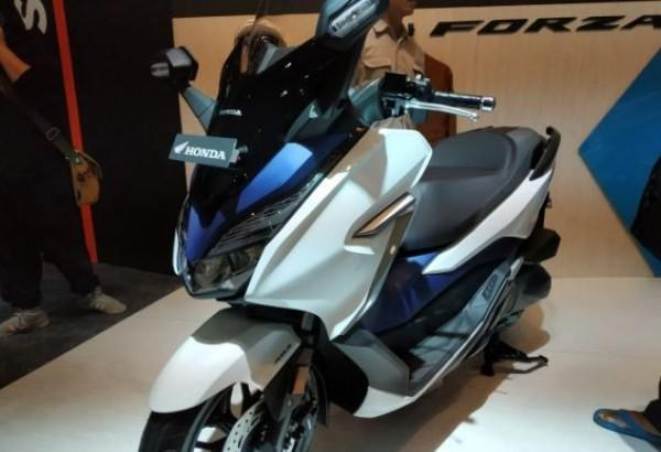 Honda Forza 300 Dirilis di Malaysia, Harganya Bikin Kita Bersyukur