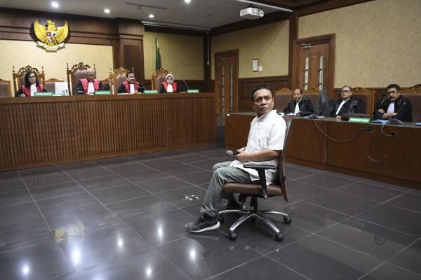 Irwandi Yusuf Tuding Kasus Hukum yang Menjeratnya Bermuatan Politis