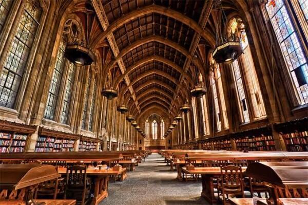 Mirip Hogwarts, 7 Perpustakaan Kece Ini Surganya Para Kutu Buku