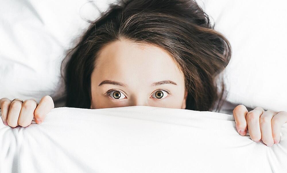 Ini 7 Cara yang Layak Dicoba Kalau Kamu Sering Alami Kesulitan Tidur
