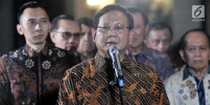 Prabowo Terharu Dapat Sumbangan Rp 20 Ribu dari Warga Untuk Kampanye