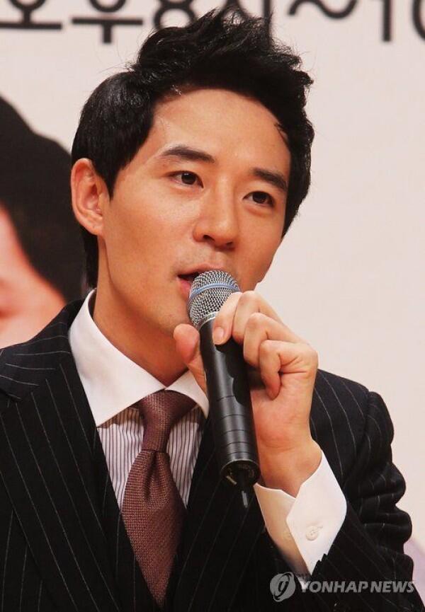Disangka Kembar, Ternyata 6 Seleb Korea Ini Juga Punya Nama 'Min Ho'