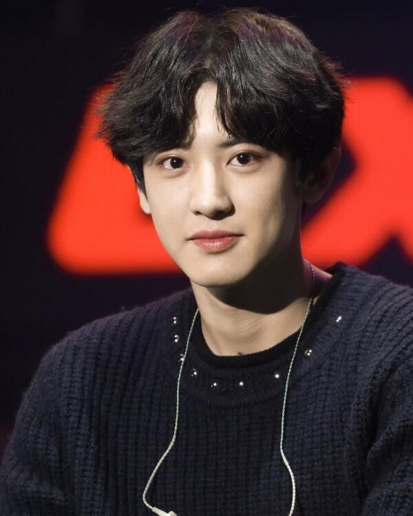Genap 27 Tahun, 10 Potret Chanyeol EXO yang Makin Matang