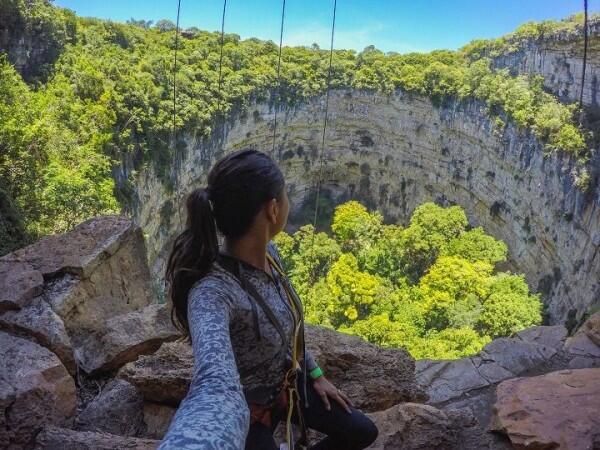 Pemandangannya Indah Banget, 5 Sinkhole Ini Justru Jadi Tempat Wisata