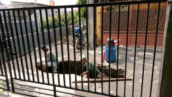 FOTO: Begini Kondisi Rumah di Pasar Rebo Sebelum Longsor