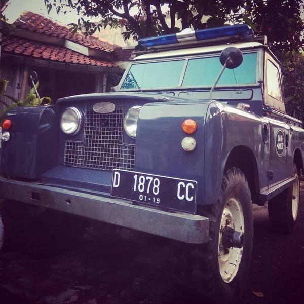 Keren Banget! 5 Mobil Klasik Ini Jadi Pilihan Para Artis Indonesia