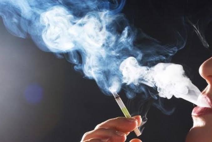 Tips Sederhana Menghilangkan Bau Rokok Di Dalam Ruangan