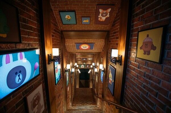 Yuk Jalan-jalan ke LINE Village, Indoor Theme Park LINE Pertama di Dunia!