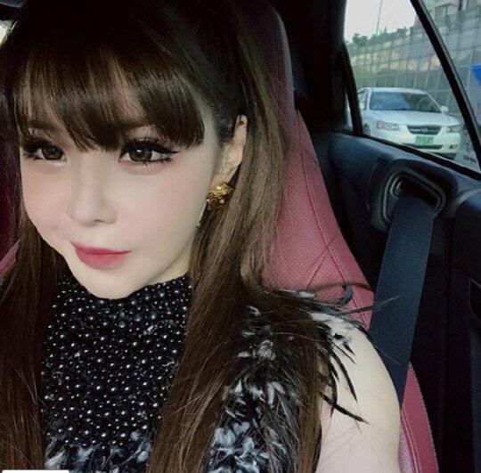 AKIBAT OPLAS! Park Bom,Ex Girlband KOREA,Makin Tua Jadi Makin CANTIK?