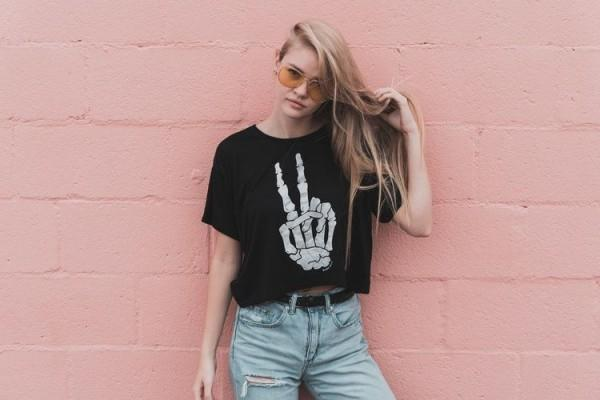 5 Fashion Item yang Wajib Dimiliki Remaja Cewek
