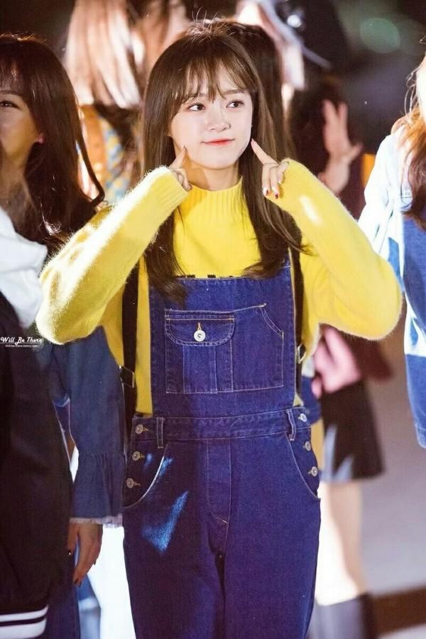 9 Mix and Match Outfit Warna Kuning ala Se-jeong Gugudan, Chic Abis!