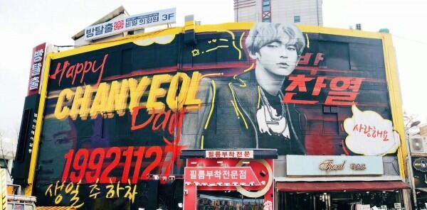 Chanyeol EXO Ultah, Ini 8 Kado Fantastis yang Pernah Dibuat Fans