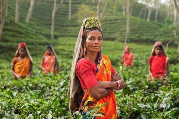 Ketahuan Pakai Daster, Perempuan di Desa Ini Didenda Ratusan Ribu