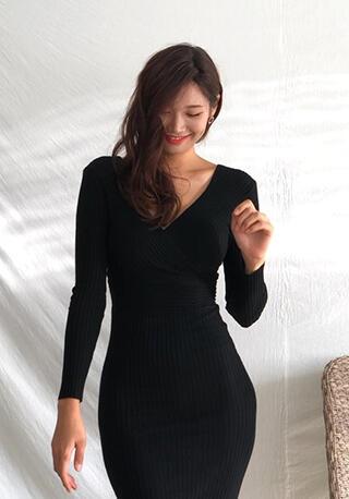 OMG! Wanita Cantik Asal Korea Ini Punya Bentuk Tubuh Sempurna Bak Nami One Piece