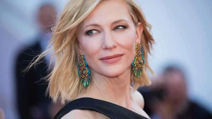 Curhat Seleb Hollywood yang Doyan Facial Penis