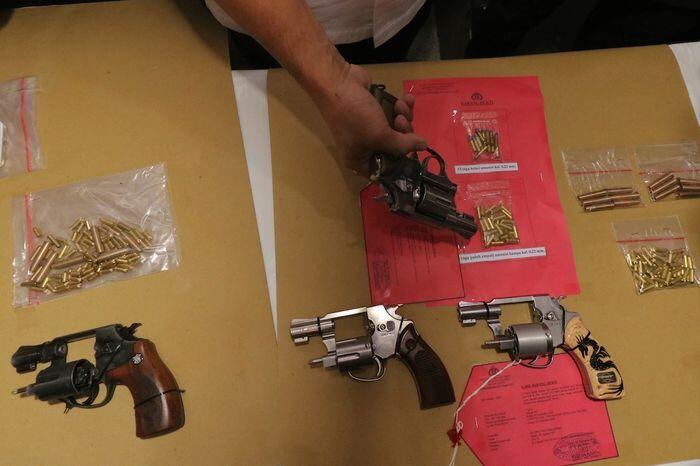 Senjata cekcok Sampang bukan milik aparat