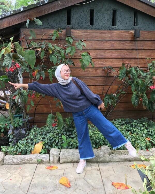 10 Potret Iin Fadillah, Kakak Nissa Sabyan yang Manisnya Kebangetan