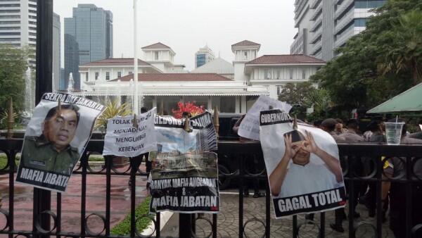 Anies Baswedan Digeruduk Massa yang Menuntut Reuni 212 Dibatalkan