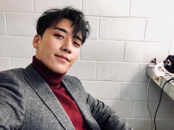13 Idola KPop Terpopuler yang Ulang Tahun di Bulan Desember 2018