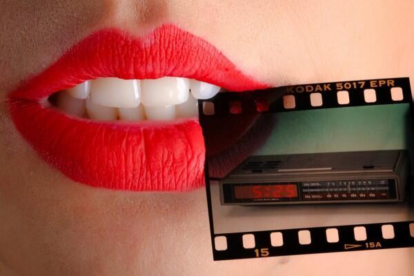 Pilih Lipstik Glossy atau Matte? Ini 5 Kelebihan & Kekurangannya