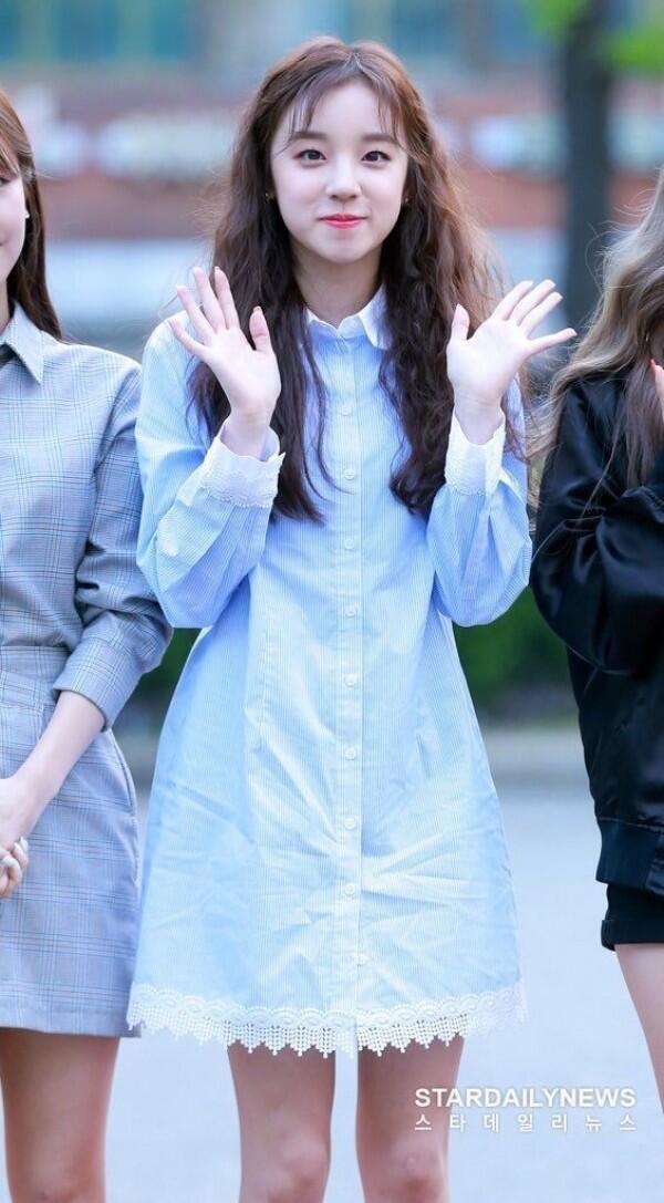 Outfit Yuqi (G)-IDLE yang Bikin Style Fashionmu Naik Tingkat, Modis!