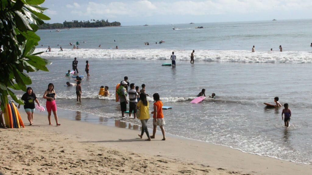 Bagaimana Pantai Anyer Bisa Dikuasai Perorangan?