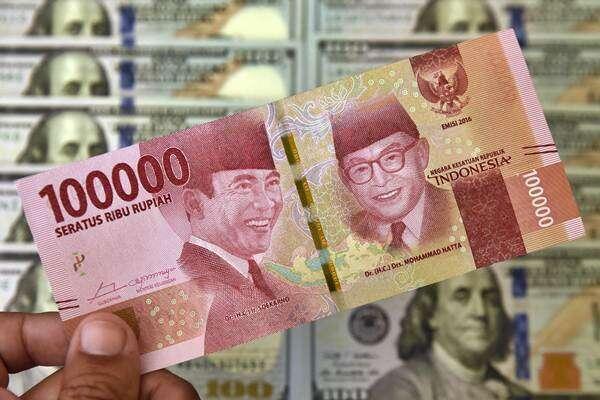 Kurs Tengah Menguat 127 Poin, Rupiah Paling Kuat di Asia