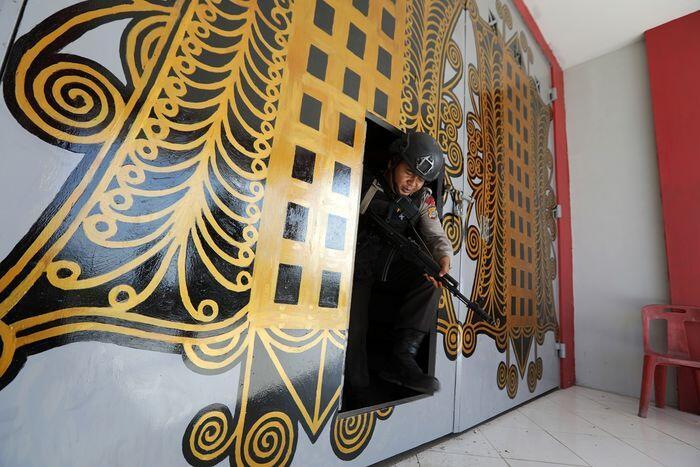 Lapas Lambaro Aceh bobol, 113 napi melarikan diri